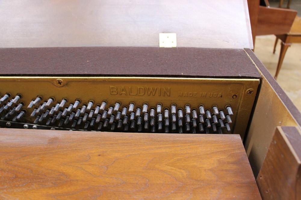 Baldwin Baldwin Spinet Piano w/ bench