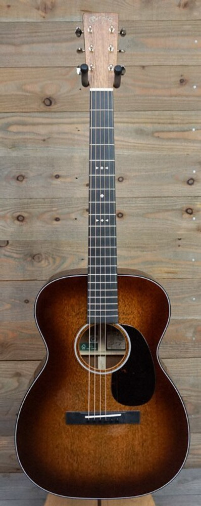 Martin Demo Martin 00DB Jeff Tweedy FSC Certified Custom Edition Mint