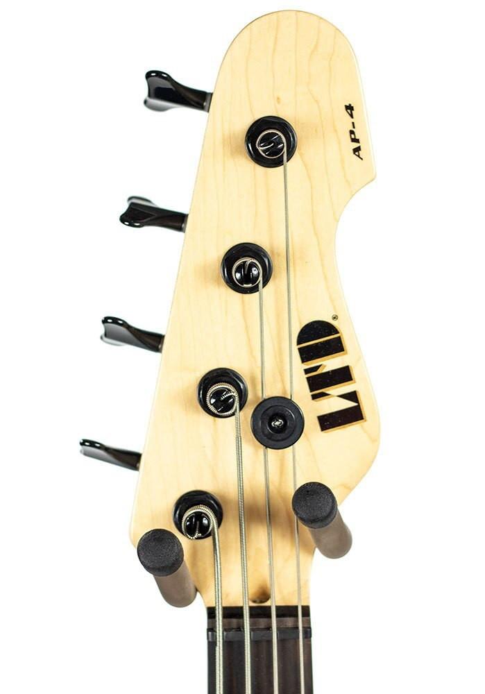 ESP Pre-Owend ESP LTD AP-4 Bass w/ bag