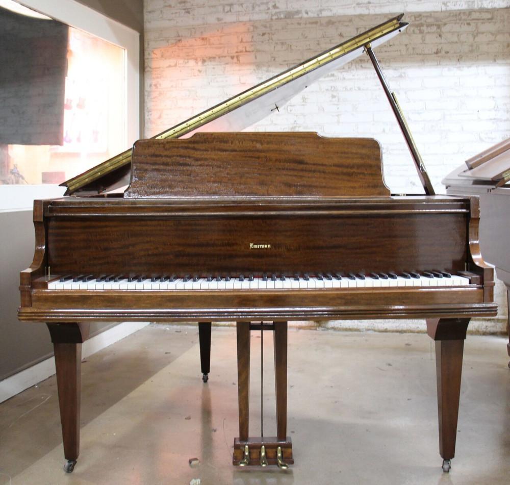 Emerson Emerson Baby Grand Piano Mahogany