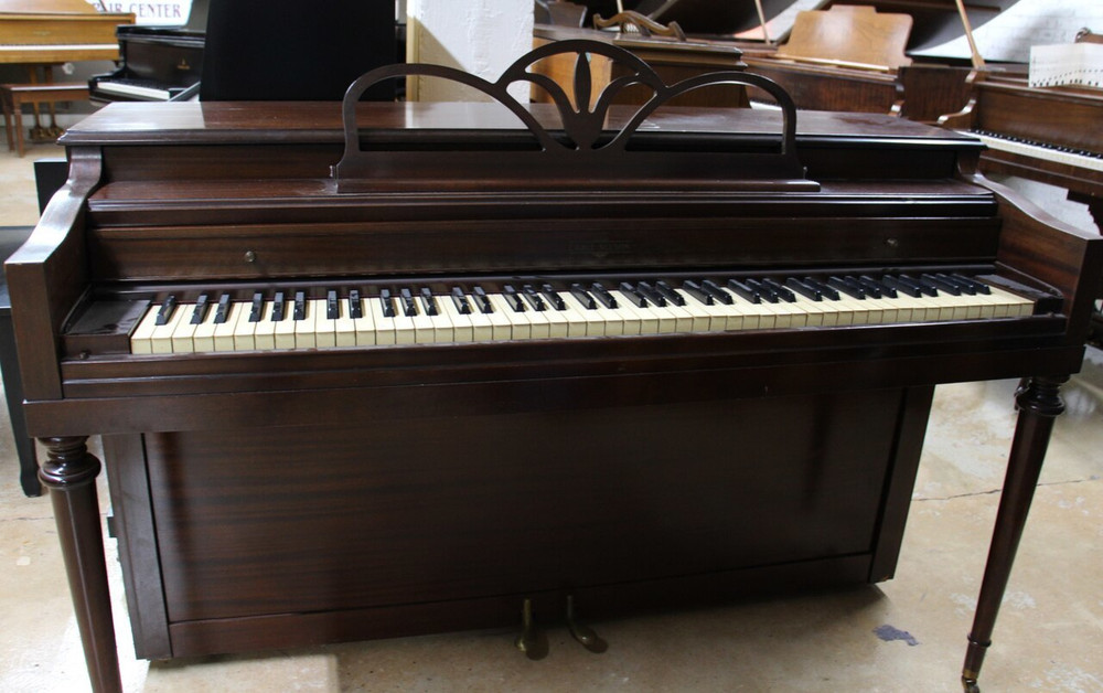 Cable-Nelson Cable-Nelson Spinet Piano