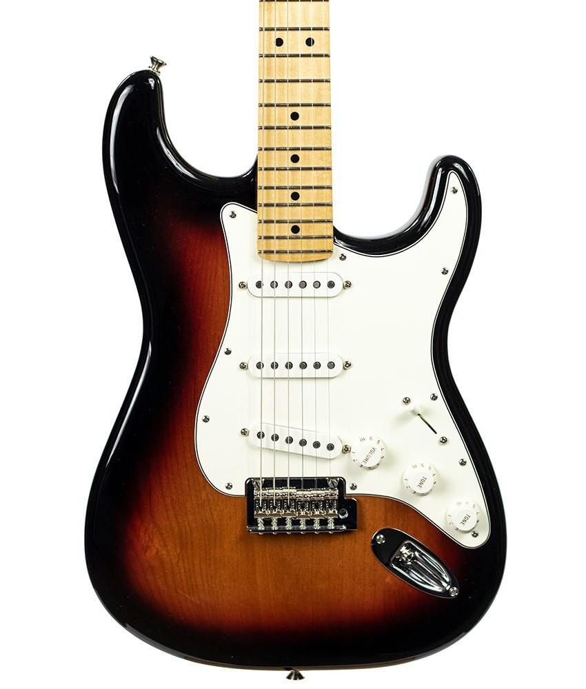 Fender B-Stock Fender Player Stratocaster - 3-Color Sunburst