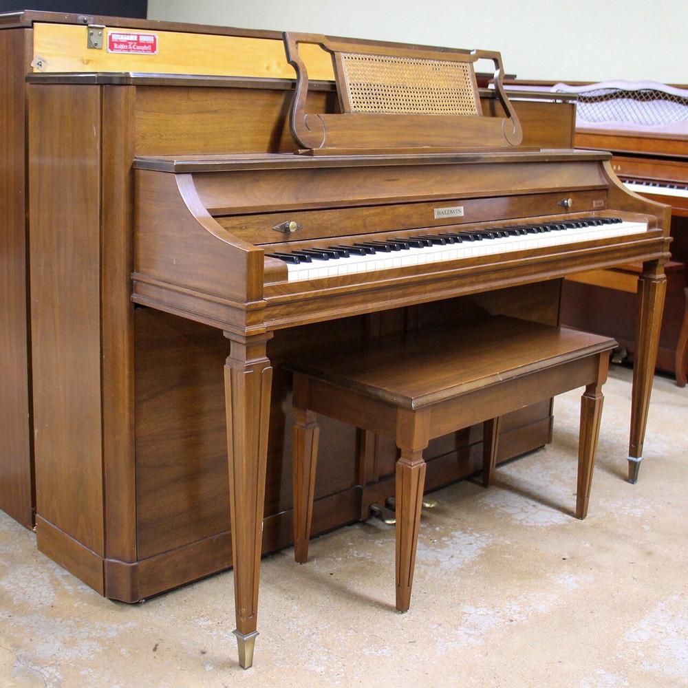 Baldwin Baldwin Console Piano or Oak