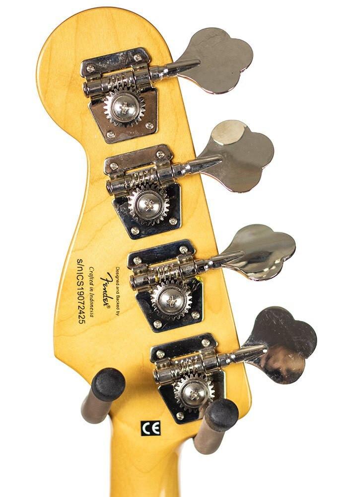 B-Stock Squier Classic Vibe 70s Jazz Bass, Maple Fingerboard - Black