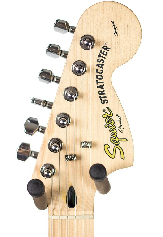 Squier B-Stock Squier Standard Stratocaster, Maple Fingerboard - Candy Apple Red