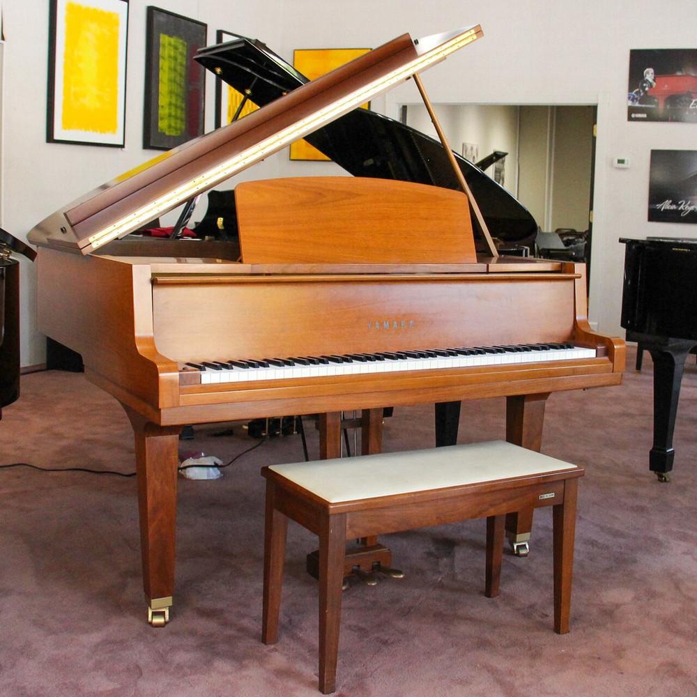 Yamaha 1969 Yamaha G1 Grand Piano