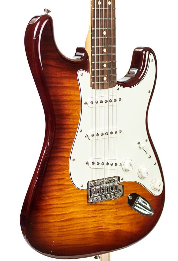 Fender B-Stock Fender Standard Stratocaster Plus Top - Tobacco Sunburst 3688
