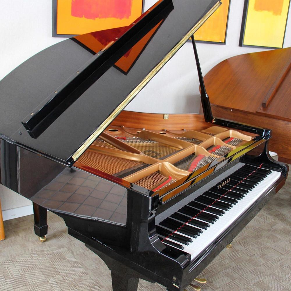 Yamaha 1999 Yamaha C1 Grand Piano or 53 Polished Ebony