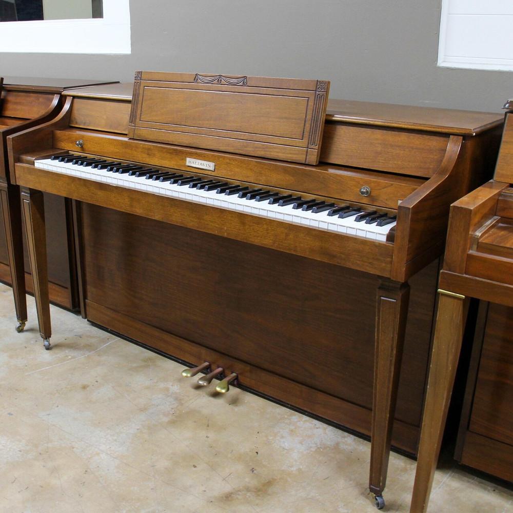 Baldwin Baldwin Spinet Piano or serial 1106483