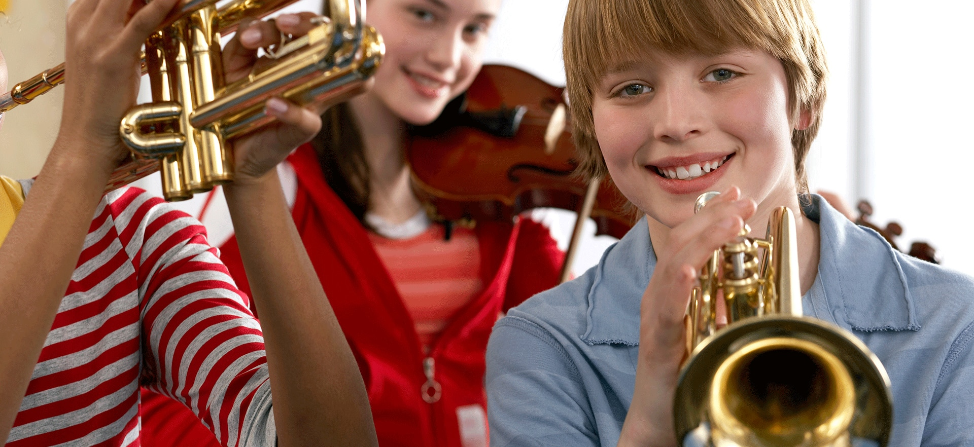 Band and orchestral instrument rental program at Alamo Music Center, including for strings and brass