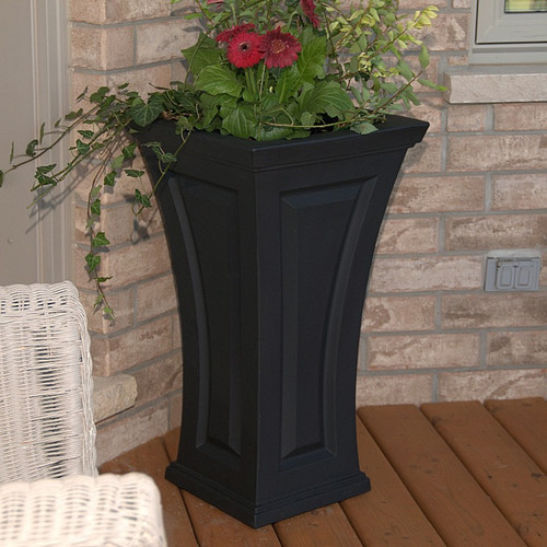 The Cambridge Tall Planter has a timeless and classic look to compliment any outdoor living space, with its curved shape, this planter offers a unique blend of modern and traditional design. Indoor Outdoor Use Icon Four Season Icon UV Inhibitors Icon Sock Resistant Icon Color