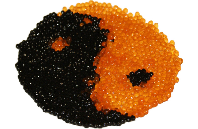 What is the texture like when eating caviar or fish roe?