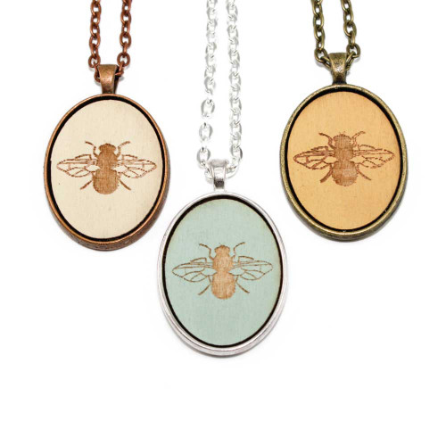 Small Cameo Pendants - Bee