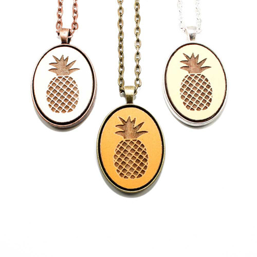 Small Cameo Pendants - Pineapple