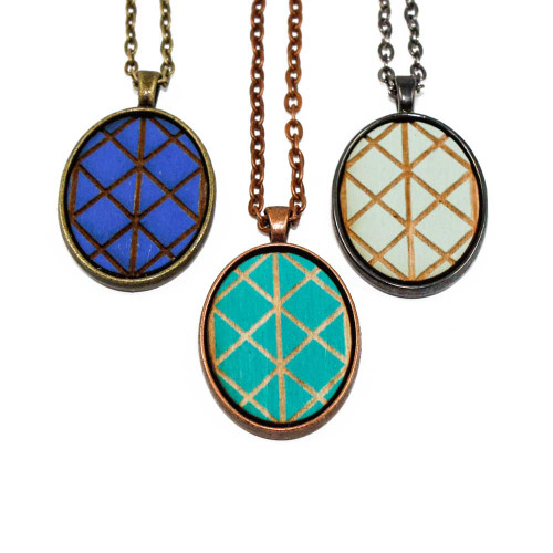 Small Cameo Pendants - Geometric Criss Cross