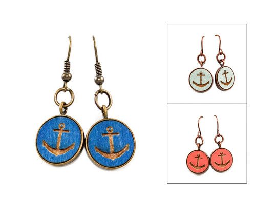 Small Dangle Earring - Anchor