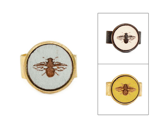 Small Cameo Ring - Bee