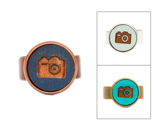 Small Cameo Ring - Camera