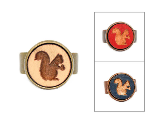 Small Cameo Ring - Squirrel