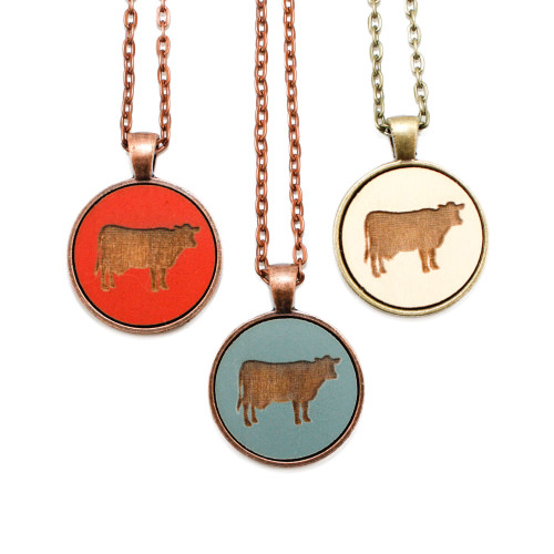 Small Cameo Pendant - Cow
