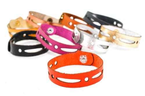 Skinny Leather Bracelet - Elongated Oval Pattern