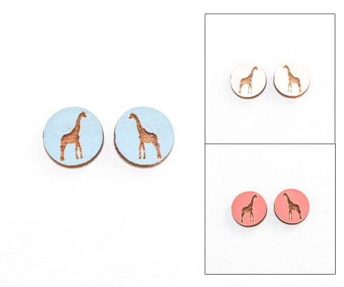 Cameo Post Earring - Giraffe
