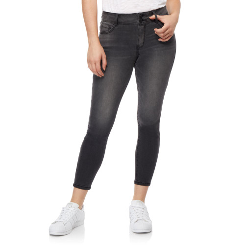 Flirty Curvy High Rise Ankle Jeans In Dante