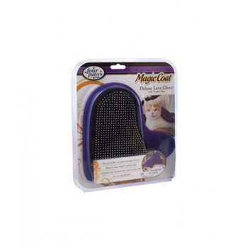 Therapeutically and gently massages your pet while removing mats, tangles and loose hair.Exfoliates and stimulates your pet's skin for a shiny coat. Lightweight, neoprene glove combined with a Tender Tips Pin Brush fits any size hand and is easy to clean.Recommended by veterinarians and groomers.