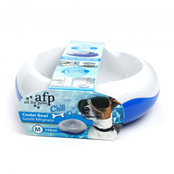 Place in freezer, Once frozen this bowl will allow hours of cool eating. The cool gel inside maintains the ice longer, keeping dogs food cool and fresh.  • Cool gel inside • Safe and non toxic Size (Cm) : L 15.0 x W 15.0 x H 15.0