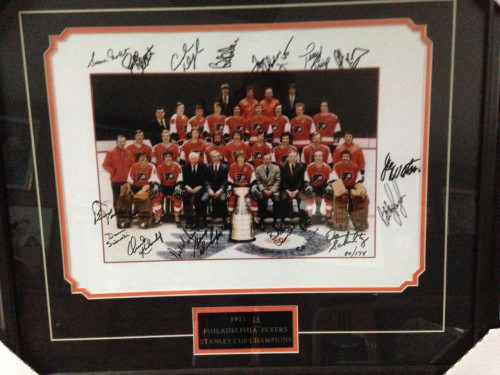 1973-74 Flyers Signed 16 x 20 Team Photo Framed