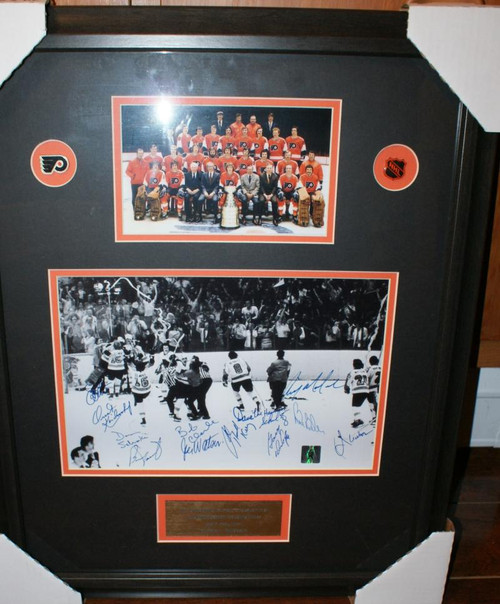 1973-74 Stanley Cup Champion Philadelphia Flyers Signed 8 x 10 Photo Framed Signed by 12 Players