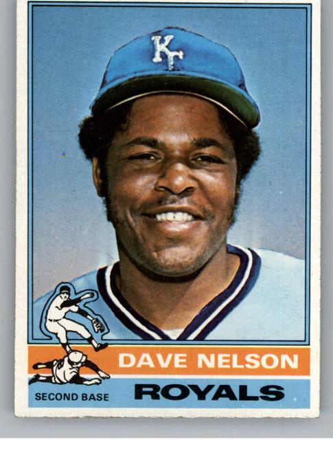 1976 Topps #535 Dave Nelson VG Kansas City Royals