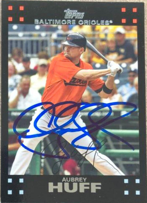 Aubrey Huff Autographed 2007 Topps #43