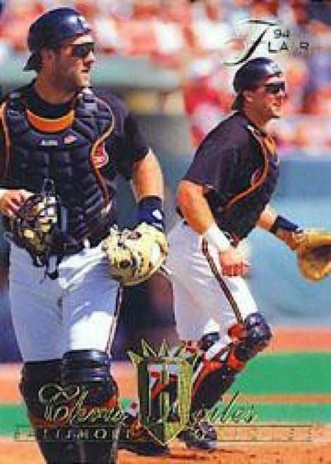 1994 Flair #3 Chris Hoiles NM-MT Baltimore Orioles