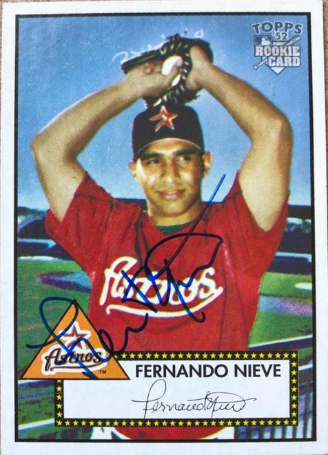 Fernando Nieve Autographed 2001 Topps Heritage #17