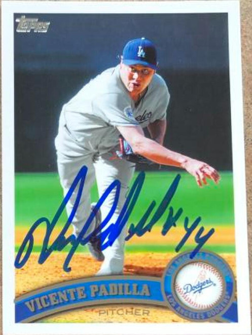 Vicente Padilla Autographed 2011 Topps #37