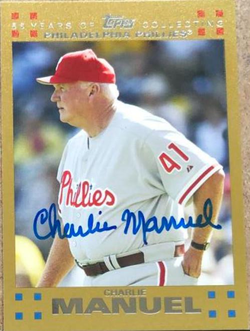 Charlie Manuel Autographed 2007 Topps Gold #251 LE/2007