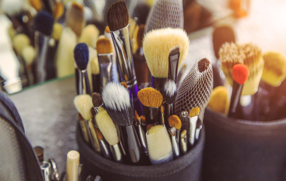 The Ultimate Guide to Cleaning Your Makeup Brushes