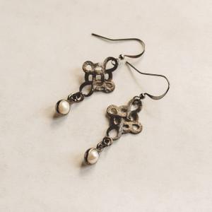 Gunmetal Knots and Pearl Earrings