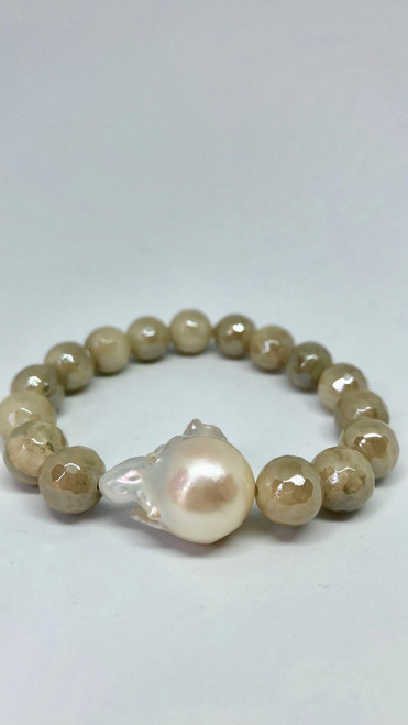 White Lace Agate and Baroque Pearl Bracelet