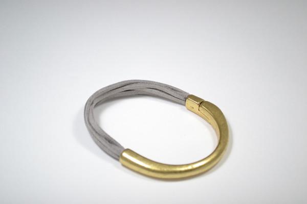 5 Strand Suede with Gold Magnetic Gold Bar Bracelet