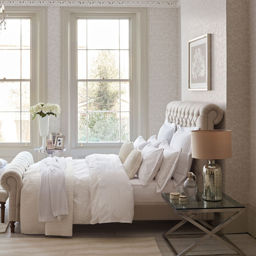 Fable Jasmine Bedding in White