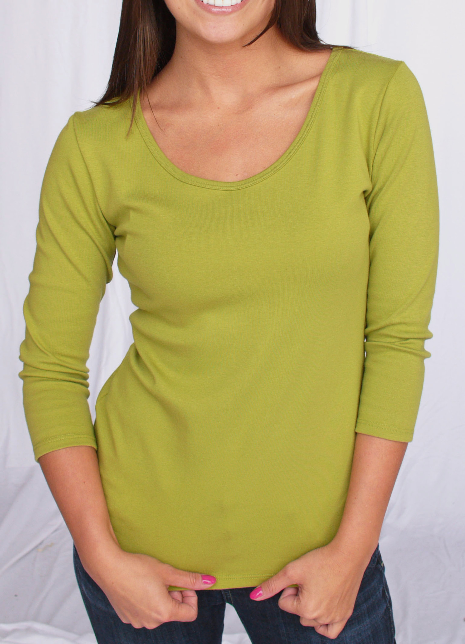 1061 Avocado Small - Low Front