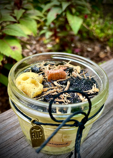 Graveyard Beeswax Wood Wick Candle