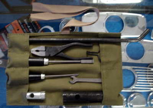TOOL KIT, EARLY, GREEN CANVAS