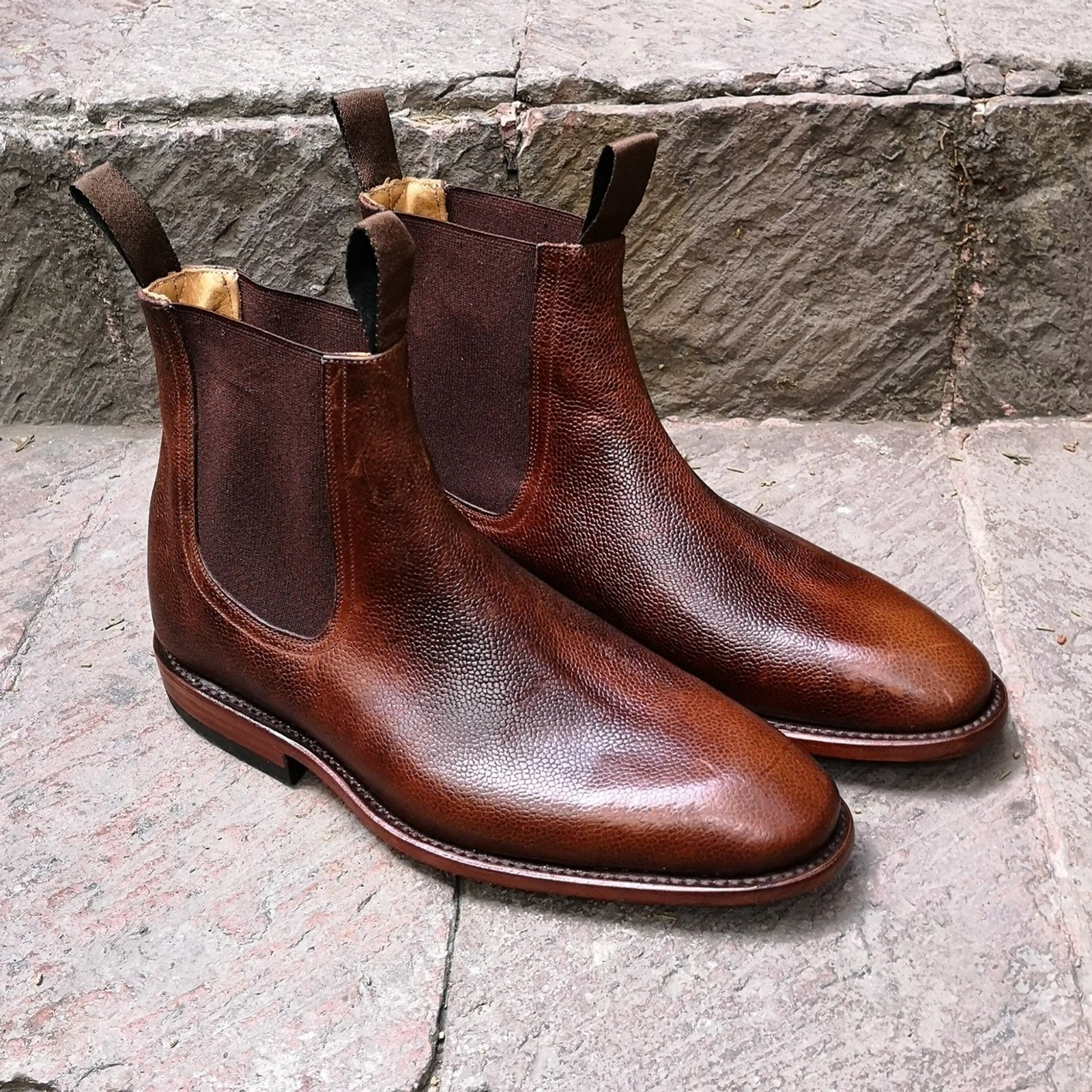 CHESTNUT SCOTCH GRAIN FOOTWEAR