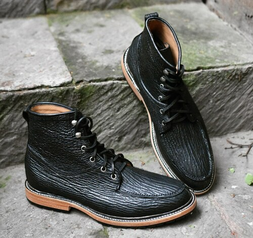 BLACK SHARK FOOTWEAR