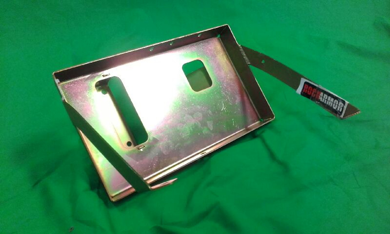 HILUX 05+ BATTERY TRAY