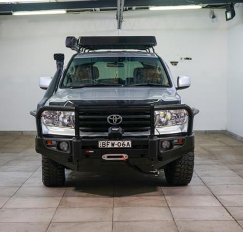 Toyota Landcruiser 200 Series - Premium Bull Bar