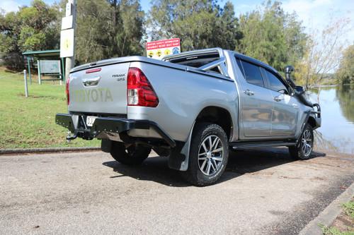 Toyota Hilux 15+ Rockarmor Steel Elite Rear Step tow bar